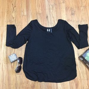 H by Bordeaux  Black Long Sleeve top